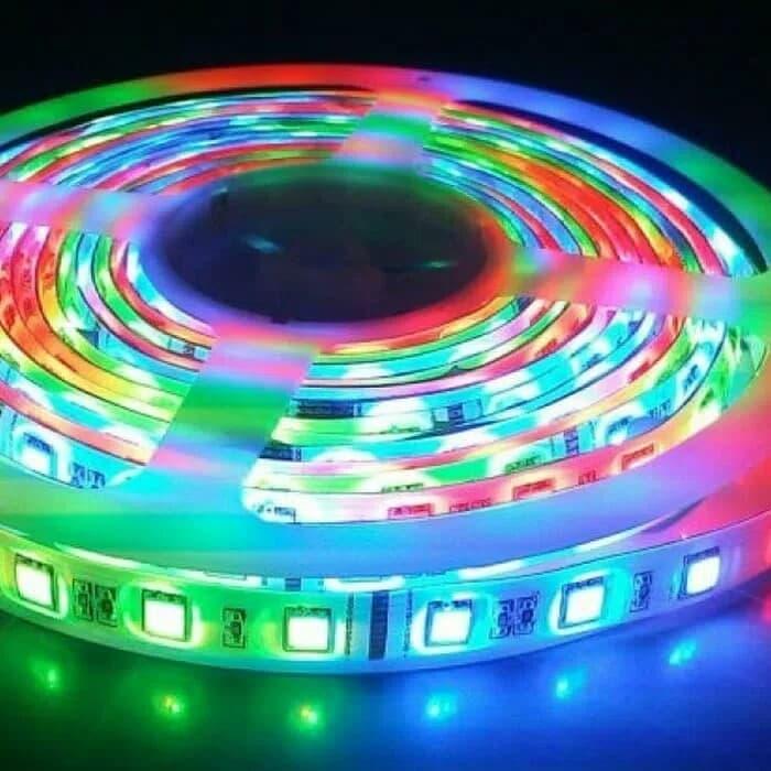lampu led strip Warna Warni